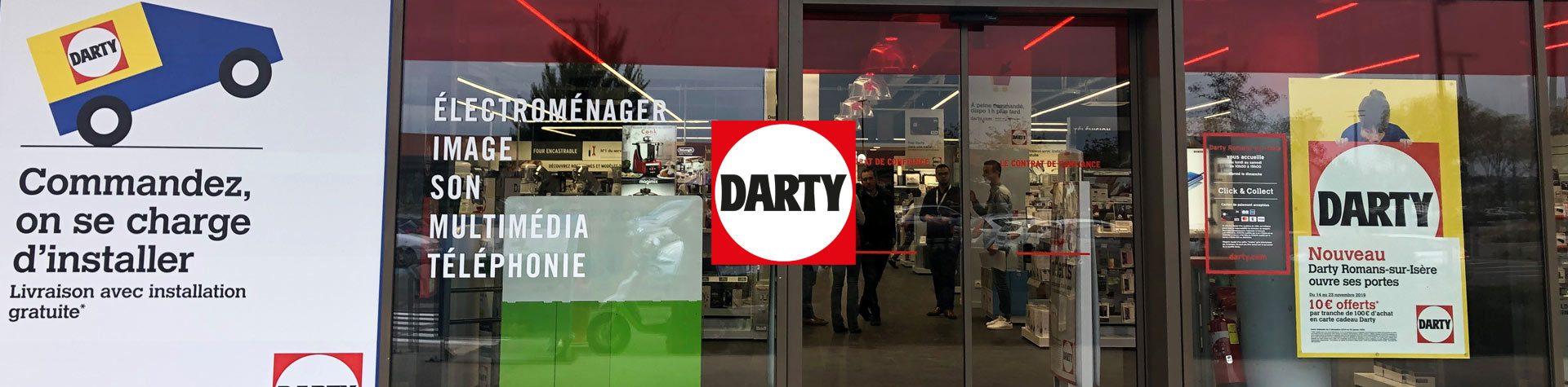 Photo bannière avec logo Darty